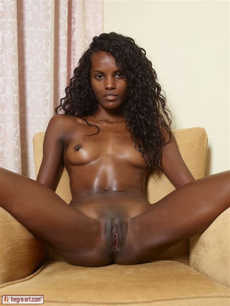 miss nude black beauty jpg 749x1000