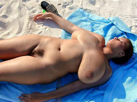 gigantic naked woman jpg 1024x768