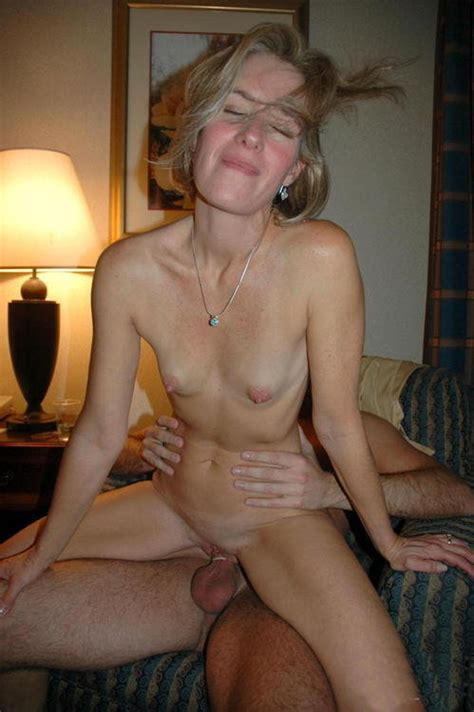 Horny divorced milf fuck with young boy more on footjobs jpg 499x750
